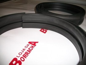 Borr. parachoque (estreito 5cm) c/grampo Fusca